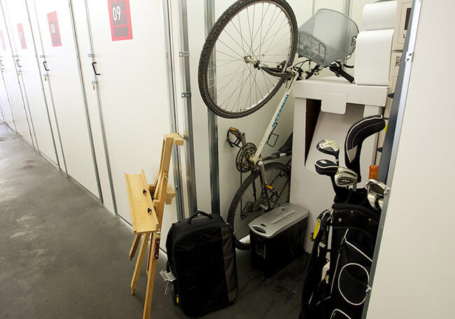 Freundlich, hell sauber und trocken Lagerboxen mieten im Selfstorage Center Reutlingen