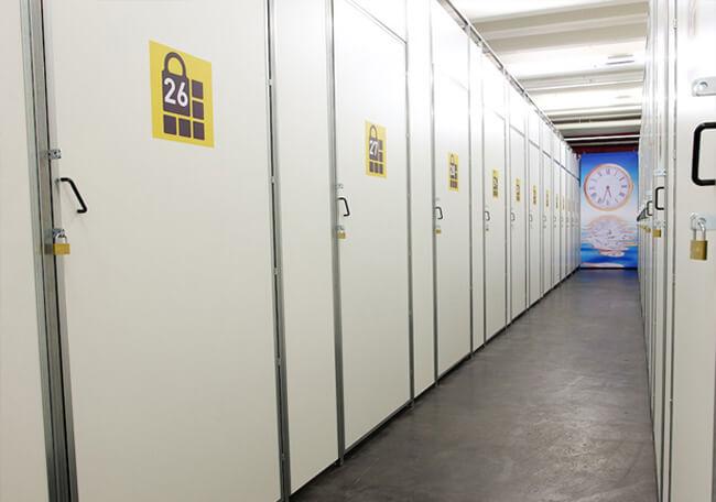 Lagerräume mieten beim Umzug in kleinere Wohn - oder Büroräume